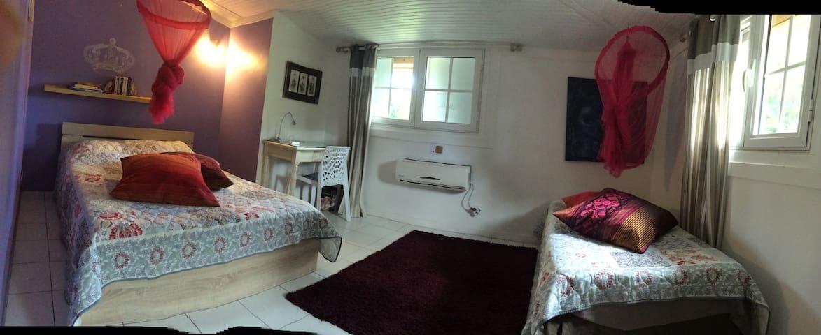 Chambre 3 ( lit double + lit simple )