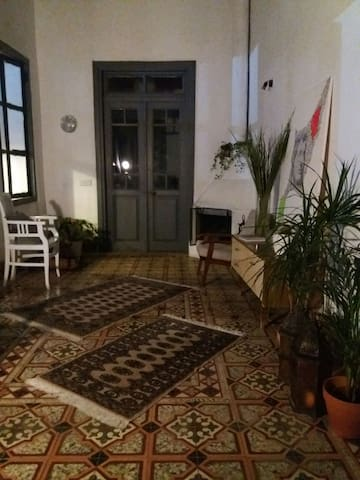 Charming 3 bedroom listed house - Agios Dometios - Haus