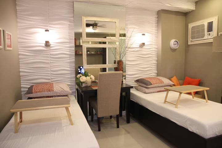 Designer Resort Studio with Pool