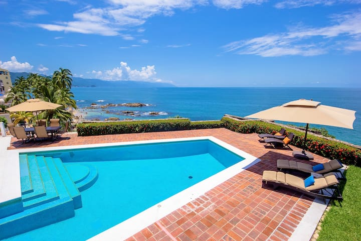 PRIVATE POOL, W STAFF BEACH WALKING DISTANCE