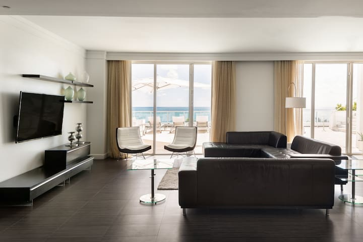 Fontainebleau Sorrento Penthouse