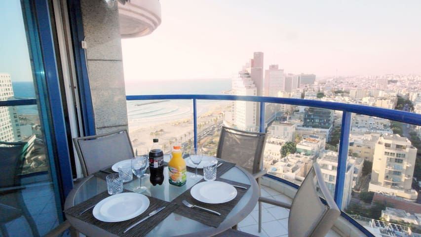ISROTEL TOWER TLV - SEA VIEW HOTEL SUITE w/ TERRACE