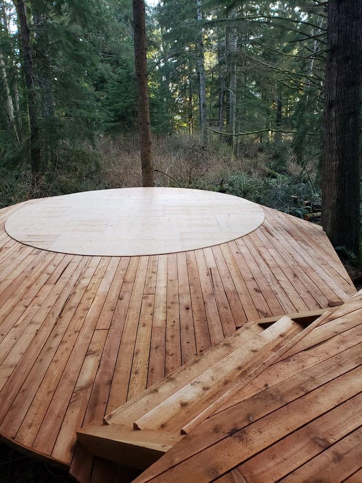 Enchanting Fern Yurt in the woods