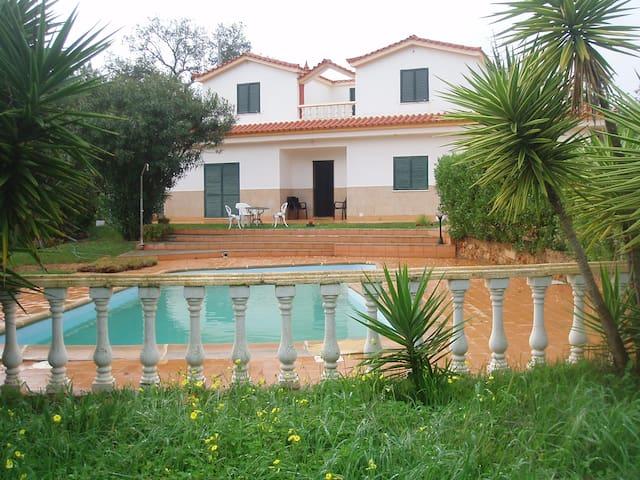 Quarteira, Bedroom&Stunning Villa - Quarteira - Villa