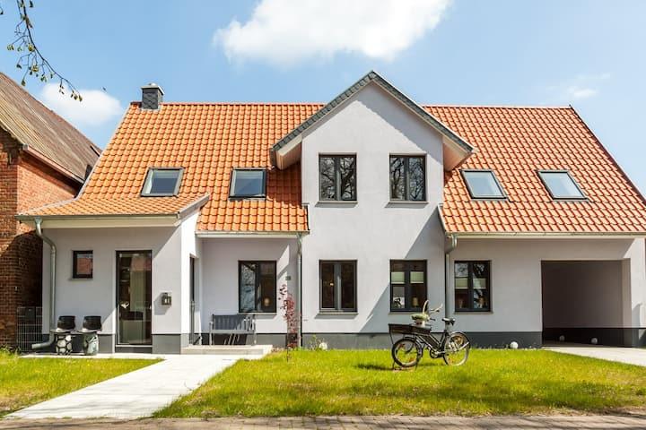 Meck-Cottage, pure Genüsslichkeit am Müritzsee II