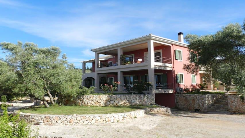 villa maria, studios