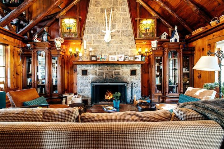 Log cabin at Greenwood Lake