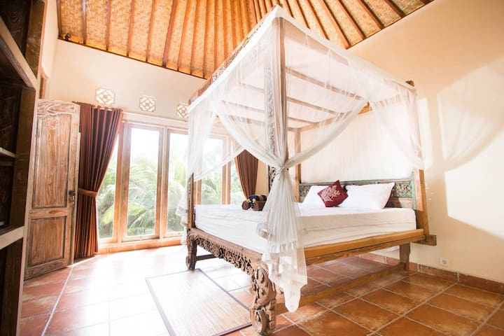 *NEW* Master Suite - walk to Monkey Forest