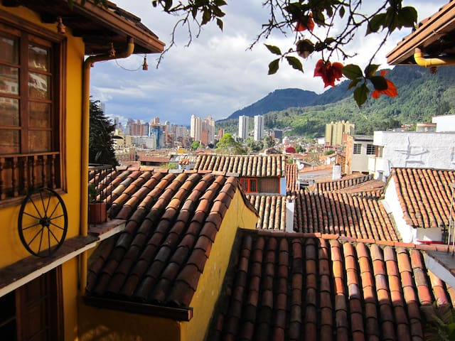 BEAUTIFUL APARTMENT IN HISTORICAL CENTER - Bogotá - Apartamento