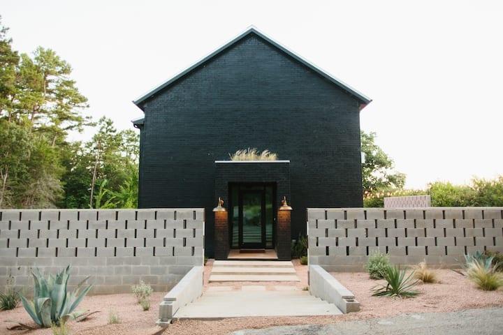 THE WILDE HOUSE   Modern Farmhouse