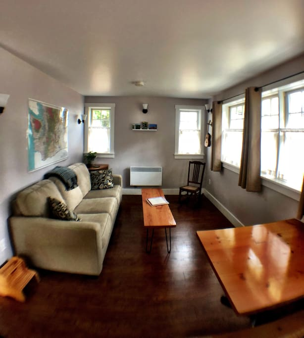 Couple And Family Friendly Private Phinney Cottage Guesthouses For Rent In Seattle Washington United States