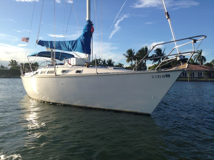 Living aboard sailboat experience