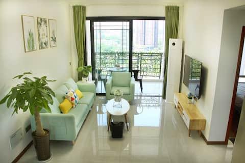 【 Jiazhou 1 】 Big Screen TV with wifi/Near Zhangkongqiao Food Street/Leshan Harbor/Big Buddha/Green Heart Park/Easy to get around/Long term rental