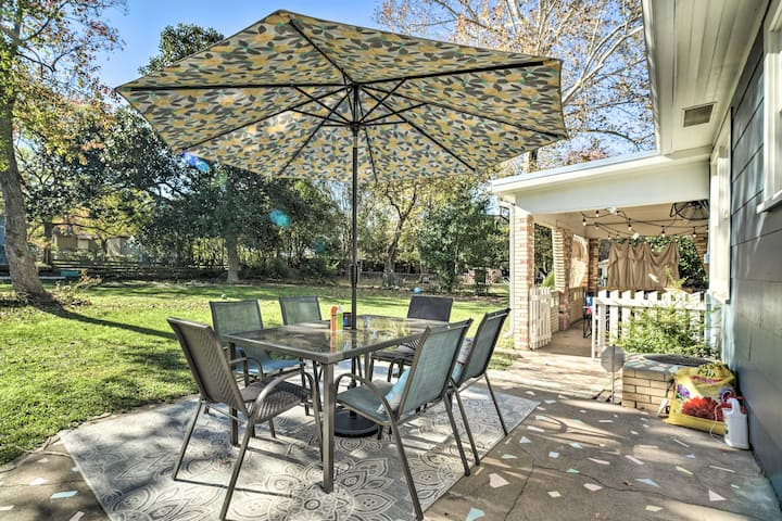 NEW! Brenham Bungalow w/ Yard, 1 Mi to Downtown!