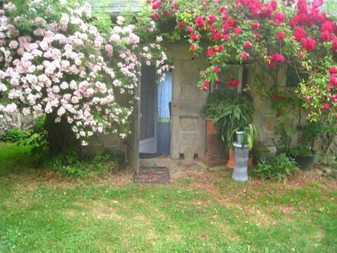 Gîte de la Poterie - Petite maison en pierre