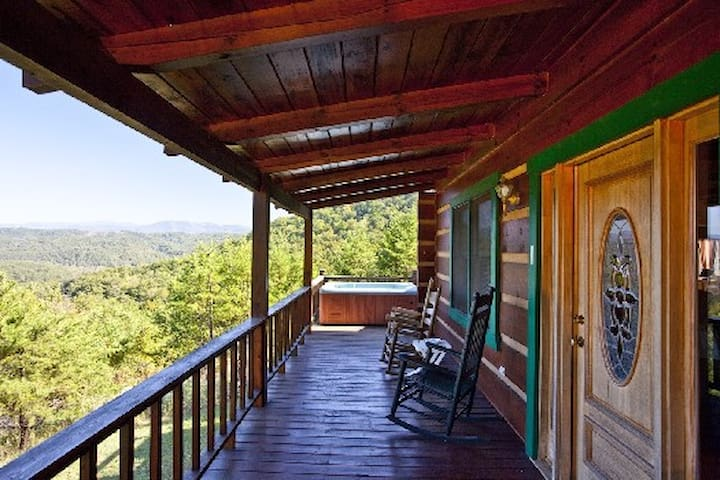 Viewpoint With Hot Tub - Tellico Plains - Kabin