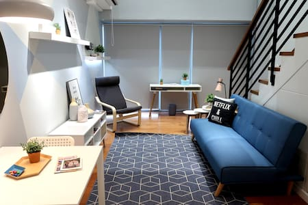 Gorgeous Makati Loft - Perfect Location!!