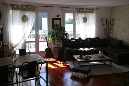 Duplex avec terrasse - Apartment