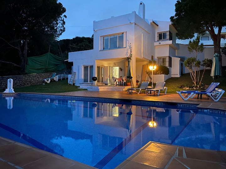 Costa del Sol - Private villa, 16m Pool, Garden