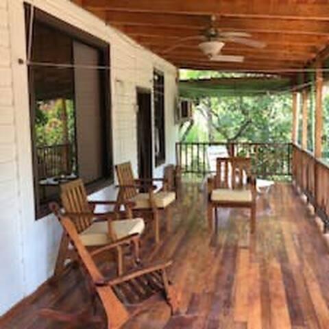 La Casa Del Río ( Guest Room )