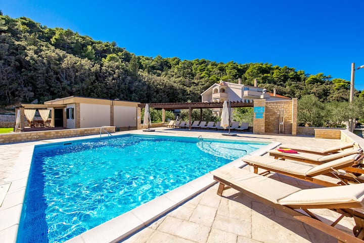 Charming villas with the pool near sandy beach