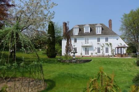 Room 1, Greenhill House, Lyme Regis - Lyme Regis - Bed & Breakfast
