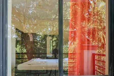 2bedroom Apartment, shared pool near Chapora Beach - Vagator