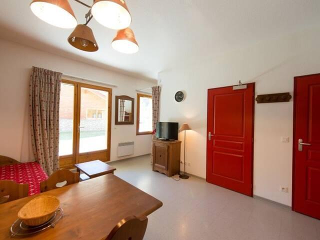 Appartement 1 pièce 4 couchages PELVOUX