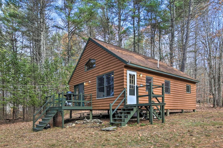 NEW! Lake Escape w/ Private Dock, Kayaks & Canoe!