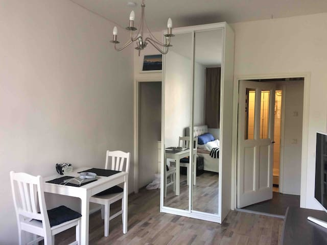 Cozy apartment - only 10min from Christmas Market!