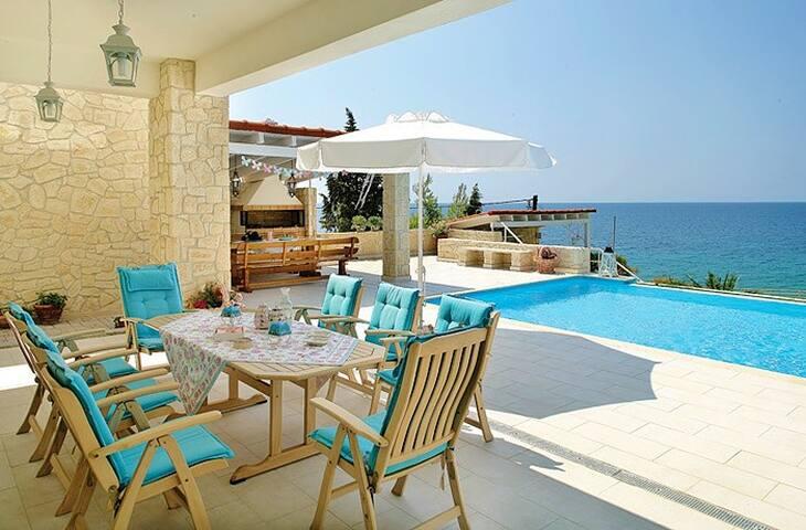Bouganvilla villa Athena