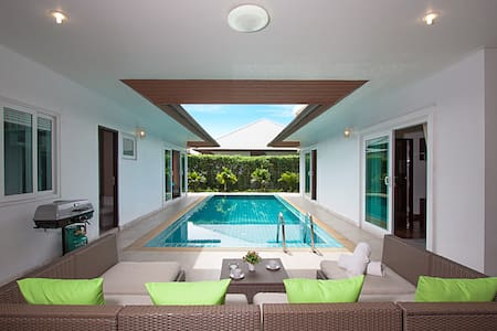 Luxurious Kalasea Pool Villa - 3 Bedroom - Bang Lamung District