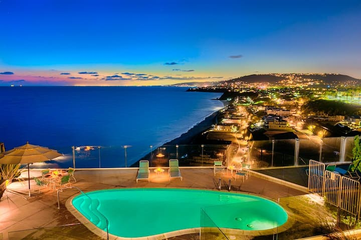 25% OFF OCT/NOV - Luxury Oceanfront Condo, Amazing View, Location + Pool