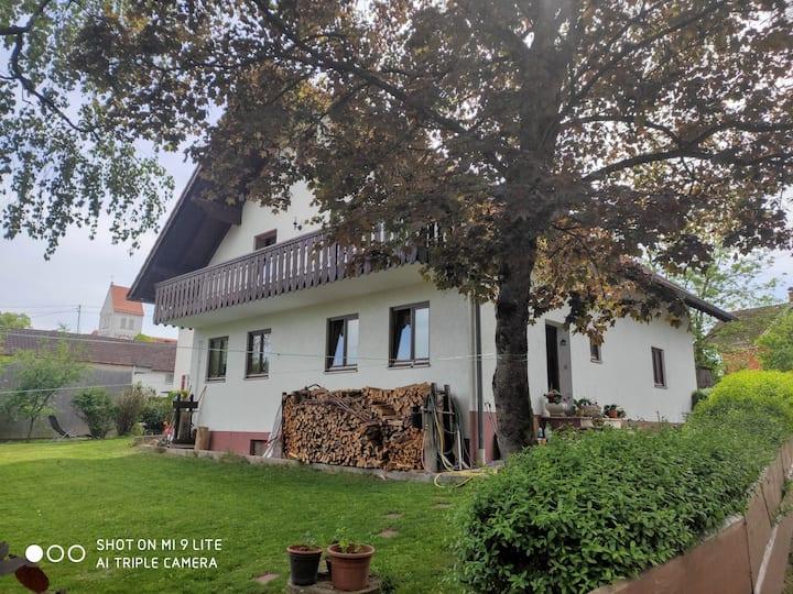 Haus in ländlicher Umgebung zur alleiniger Nutzung