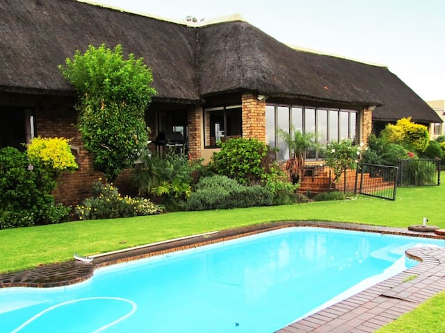 Florahouse Self Catering Holiday House