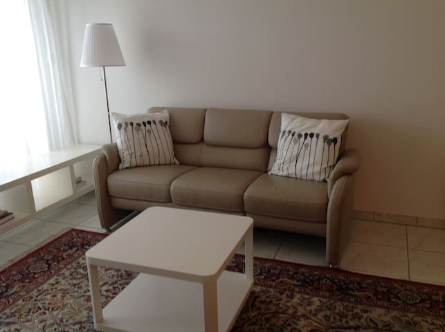 Ruhige 2 Zimmer Wohnung direkt bei der Messe Basel