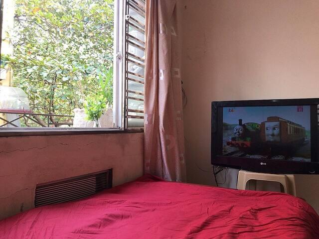 Sunshine apartment studio in Hanoi Center