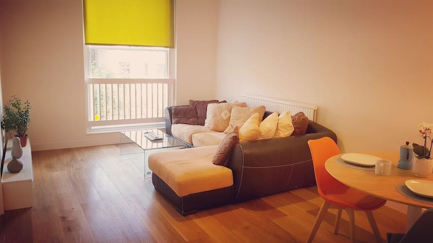 Spacious, modern and best located flat