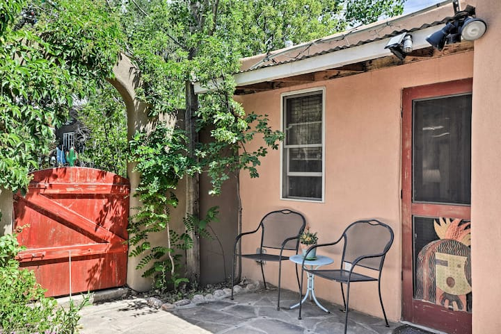 NEW! Charming Casita Studio Closeby Santa Fe Plaza