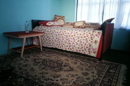 HomeStay Sauraha Village, Chitwan - Chitwan - Bed & Breakfast