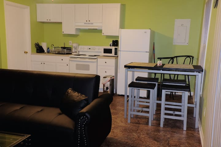 Entire 1-BR 1-BA duplex, recently renovated!