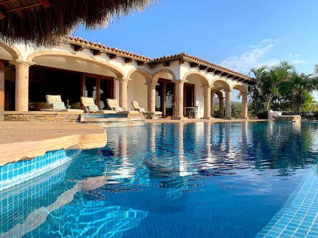 Mansion Del Sol- Private Pool/Beach/Golf Resort