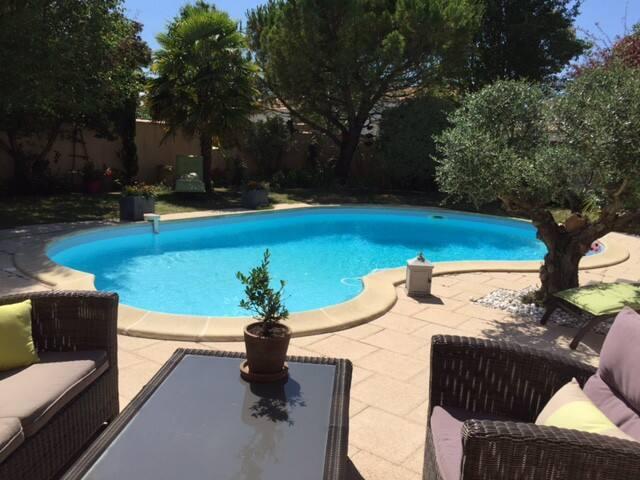 STUDIO avec piscine deux personnes - Saint-Xandre
