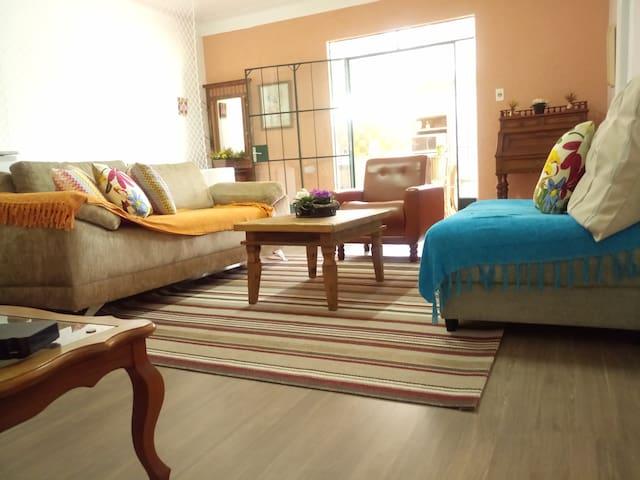 Apartamento com ampla varanda gourmet!