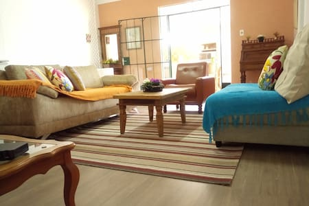 Apartamento com ampla varanda gourmet! - Poços de Caldas - Huoneisto