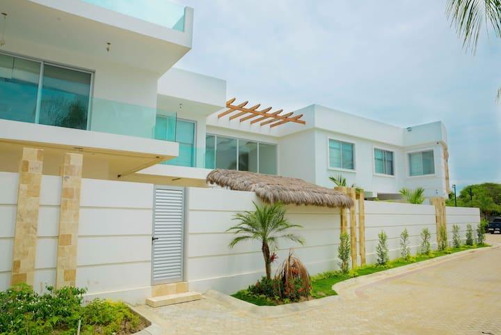Casa Playera de Lujo - a pocos pasos de la playa