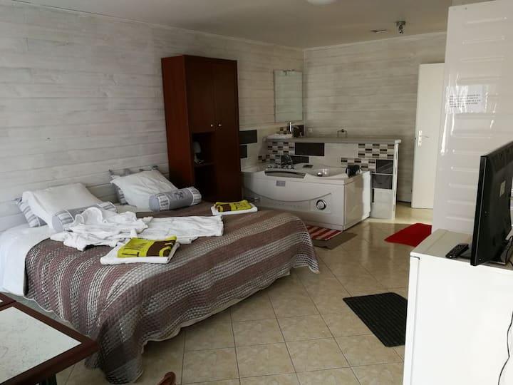 Chambre avec douche privée