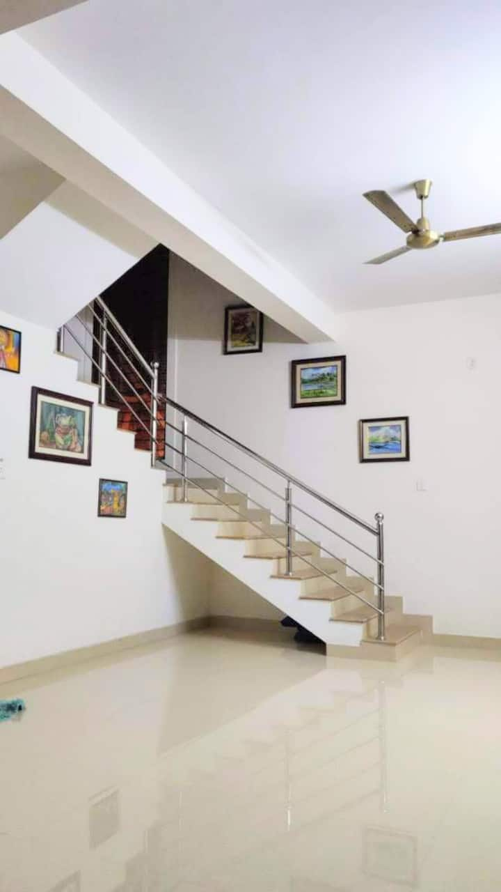 Enjoy Mangalore - Beautiful Duplex house