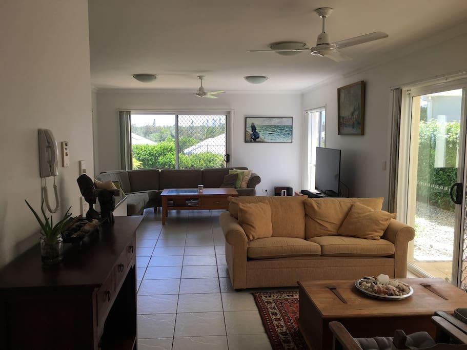 Living area. More photos to come:)
