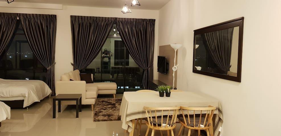 Molek Regency 5 Star Furnishing and Resort Living